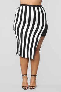 The Way You See Me Striped Skirt Set - Black/White Angle 14