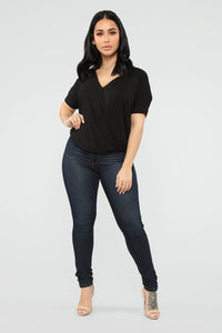Dream On Short Sleeve Top - Black Angle 2