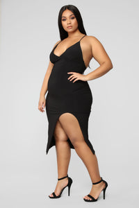 Let Em Stare Dress - Black