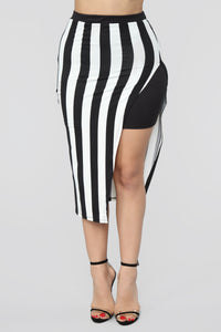 The Way You See Me Striped Skirt Set - Black/White Angle 6