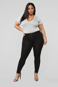 Classic Mid Rise Skinny Jeans - Black Angle 10