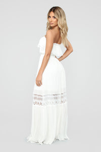 Out Of The City Tube Maxi Dress - White Angle 4