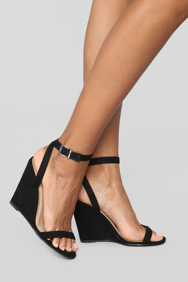 4c5e073c278 Excuse Me Miss Wedges - Black