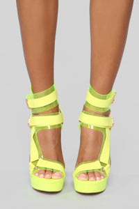 Mystery Heeled Sandal - Neon Yellow