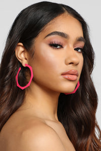 Shape Things Up Earrings - Fuchsia