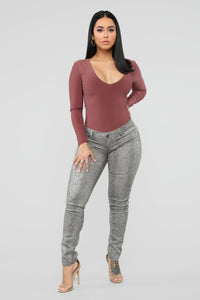 Pick Your Poison Low Rise Jeans - Grey