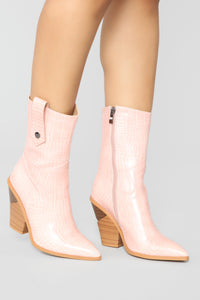 Apology Accepted Booties - Pink