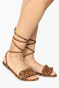 So Clever Flat Sandals - Leopard