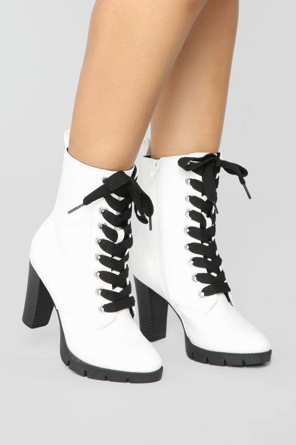 a362d15fee Mixed Feelings Booties - White