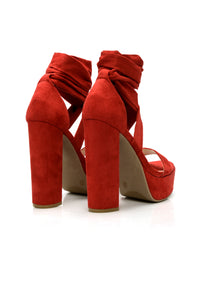 Plot Twist Heel - Red