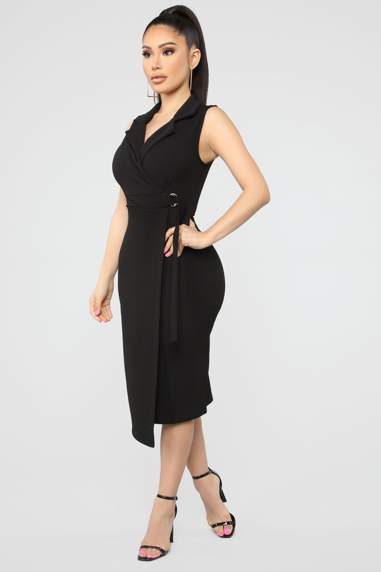 Casually Busy Wrap Midi Dress - Black