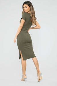 Show Your Sass Midi Dress - Olive