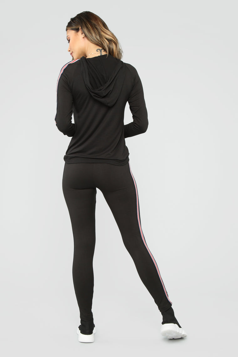 Training For First Lounge Set - Black/Multi