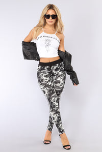Running The Game Leggings - Black/White