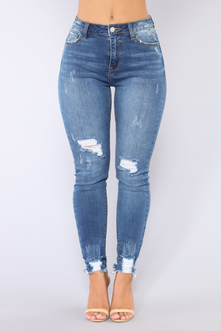 Edged Out Skinny Jeans - Dark Denim