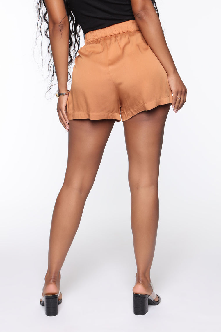 Feel My Love Shorts - Taupe