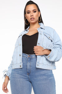 What's The Ruche Denim Jacket - Light Blue Wash Angle 3