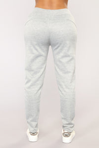 Run The Field Joggers - Grey