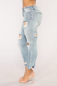 Back For More Ankle Jeans - Light Blue Wash