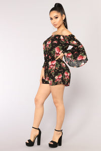 Field Goals Floral Romper - Black