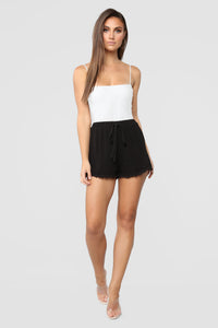 Arielle Crochet Shorts - Black