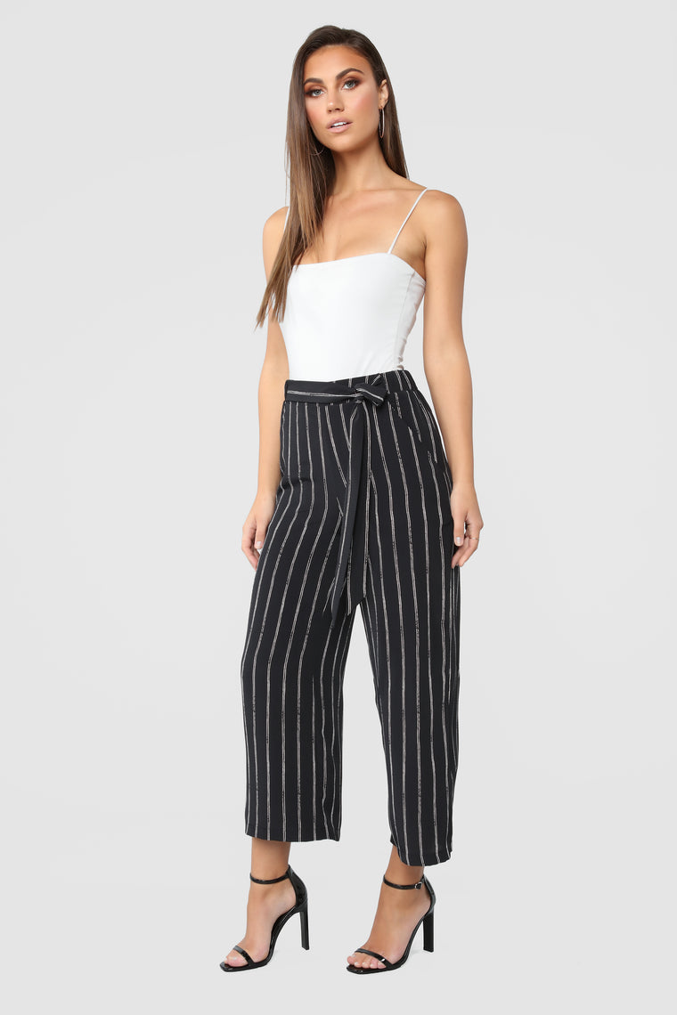 Money Shot Flare Pants - Black/white