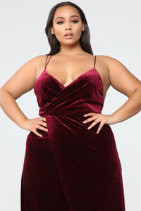Wishful Thinking Dress - Burgundy