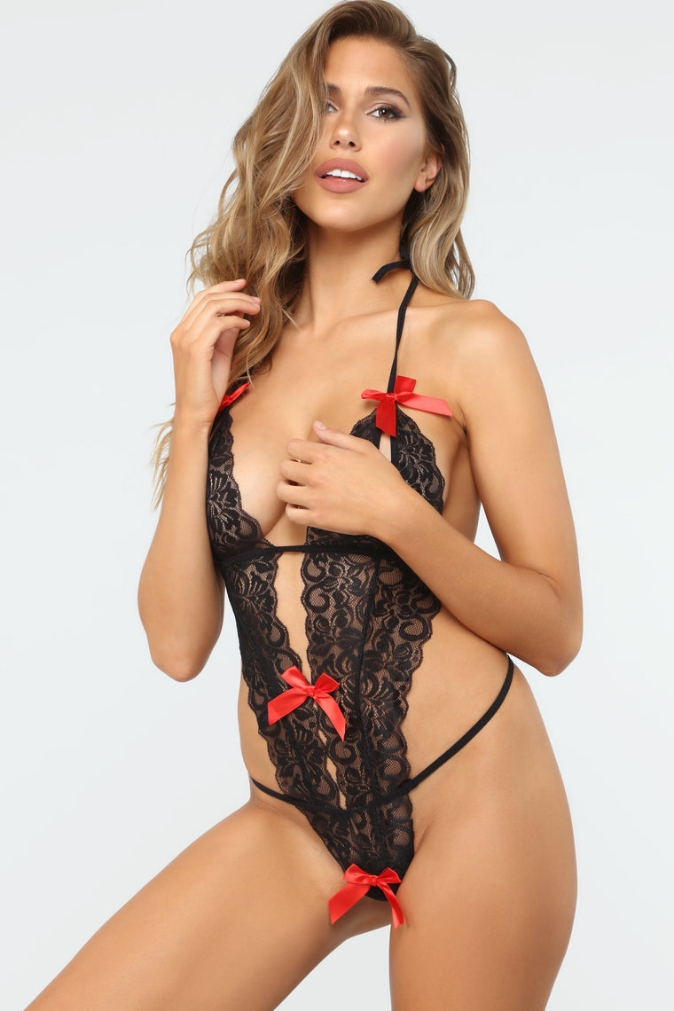 Lay It On Me Lace Teddy - Black/Red