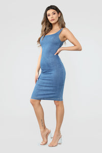 Calling My Phone Denim Midi Dress - Medium Wash Angle 3