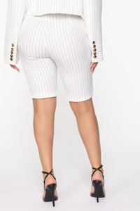 Unfinished Business Pinstripe Shorts - White/combo Angle 4
