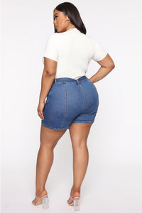 Square Up Belted Denim Shorts - Medium Blue Wash Angle 6