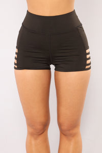 Run The World Active Shorts - Black