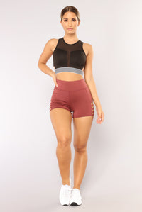 Run The World Active Shorts - Rose Angle 4