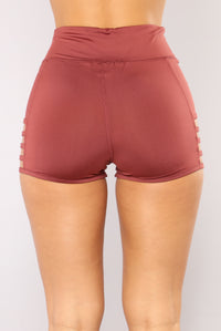 Run The World Active Shorts - Rose Angle 5