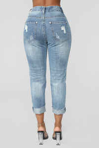 Standing Out Distressed Boyfriend Jeans - Medium Blue Wash