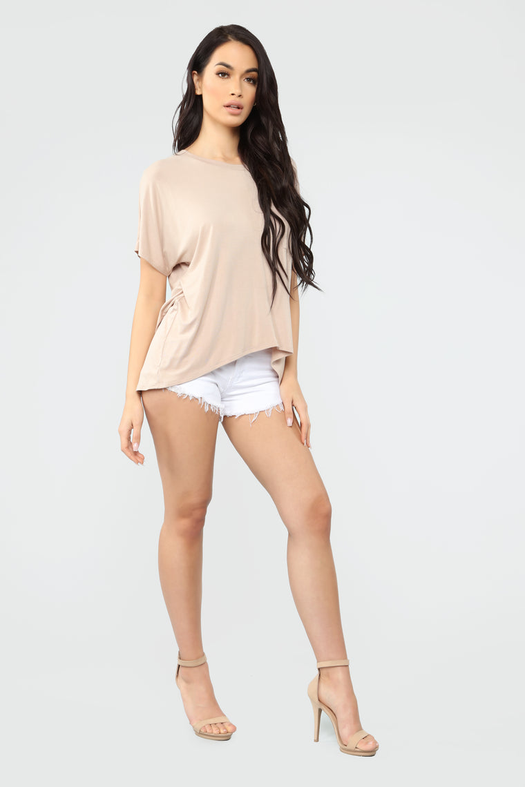 Chillin' This Weekend Top - Taupe