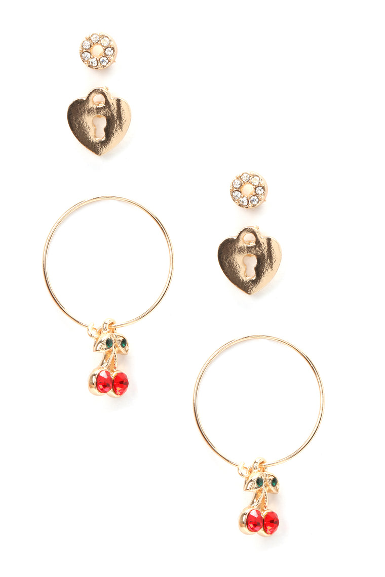 Love On Lockdown Earring Set - Gold