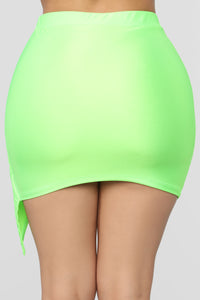 Top Model Wrap Skirt - Green Angle 5