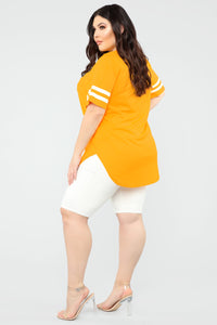 Queen Jersey Tunic Top - Yellow Angle 9