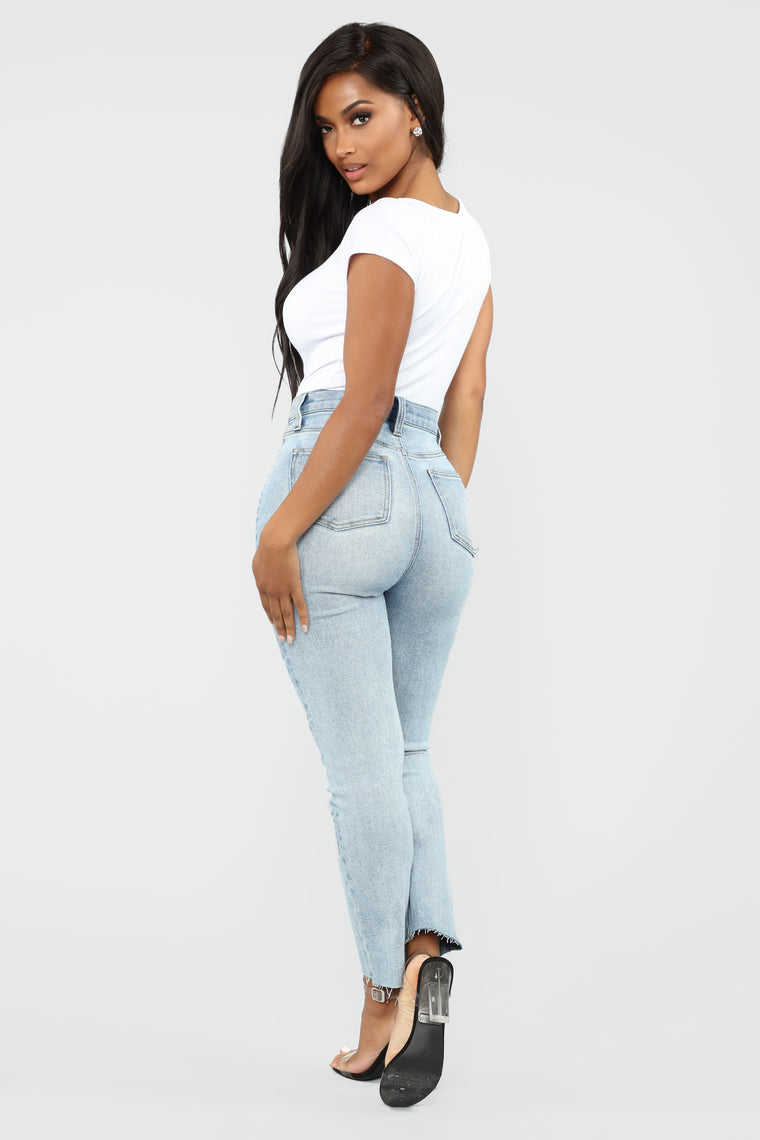 Burning Love High Rise Boyfriend Jeans - Light Blue Wash