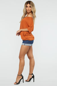 Dream On Short Sleeve Top - Rust Angle 5