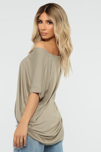 Dream On Short Sleeve Top - Olive Angle 4