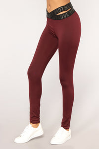 Running On Love Active Leggings - Burgundy