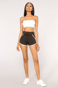 Do It Better Shorts - Black