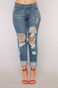 Wright Boyfriend Jeans - Medium Blue Wash