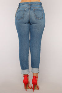 Wright Boyfriend Jeans - Medium Blue Wash Angle 11