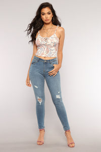 Day Dreaming Floral Crop Top - Red Paisley