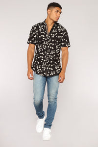 Scott Short Sleeve Woven Top - Black Angle 2