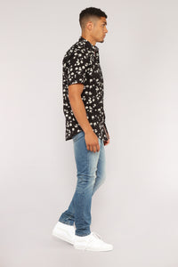 Scott Short Sleeve Woven Top - Black Angle 3