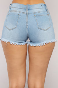 Don't Even Know You Denim Shorts - Light Blue Wash